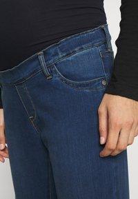 Pietro Brunelli - GRADUATED - Flared Jeans - medium stoned wash - 4