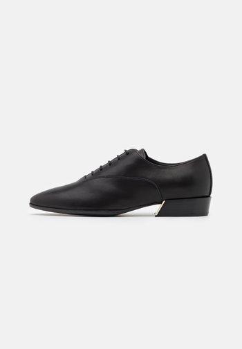 GRACE LACE UP - Zapatos de vestir - nero