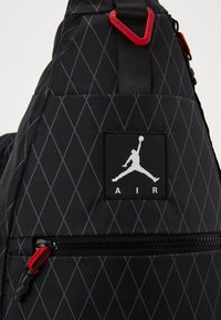 Jordan - ANTI-GRAVITY SLING BAG - Across body bag - black - 3