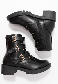 Bianco - BIACLAIRE BASIC BOOT - Cowboy/biker ankle boot - black - 3