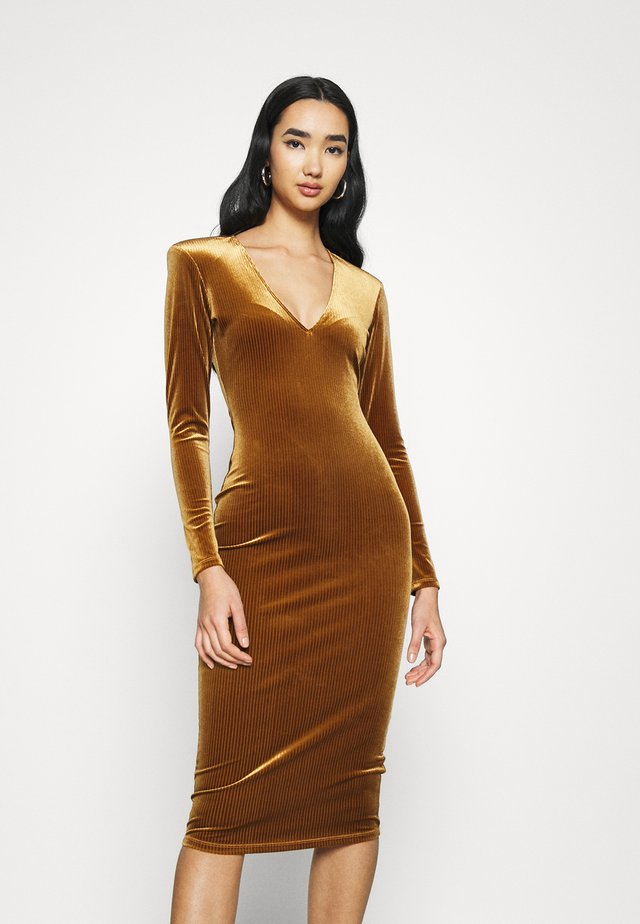 DEEP MIDI DRESS - Jerseyjurk - copper