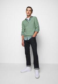Polo Ralph Lauren - COTTON HALF-ZIP SWEATER - Stickad tröja - seafoam heather - 1