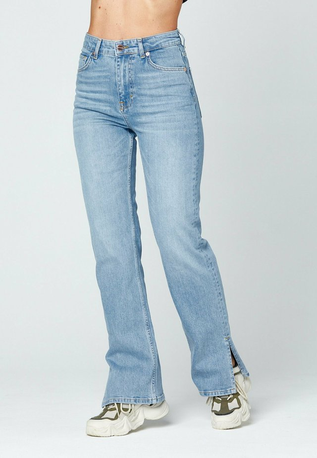 O-BELL - Straight leg jeans - blue denim