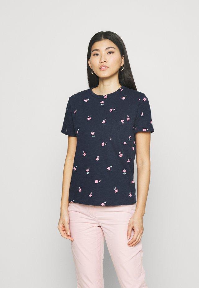 AUTH POCK TEE - T-shirt con stampa - dark blue