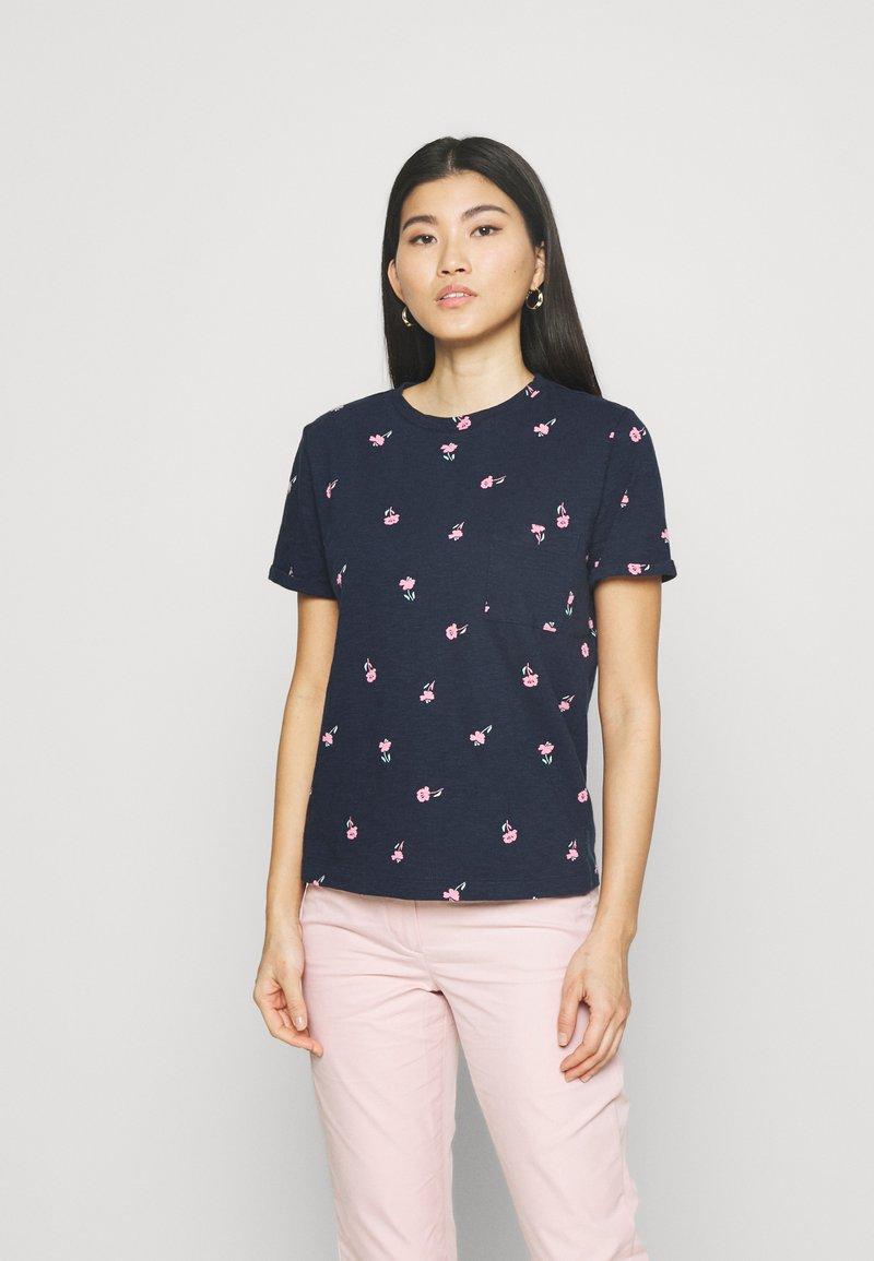 Marks & Spencer London - AUTH POCK TEE - T-shirts med print - dark blue
