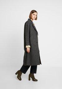 Neuw - HARLEM COAT - Classic coat - black/grey - 1