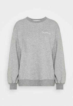 ITALICS SEAMED LOGO CREW - Sweatshirts - grey