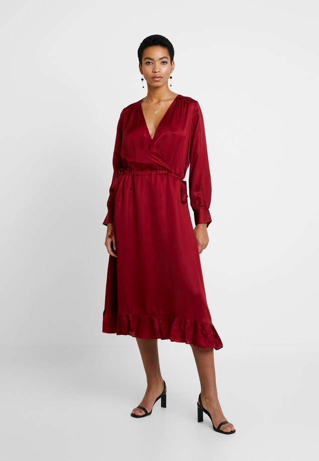 CHITA DRESS - Juhlamekko - red