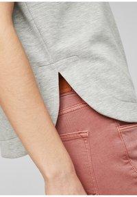 s.Oliver - T-shirt imprimé - gray - 6