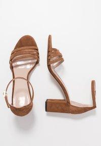 HUGO - APRIL - Sandals - cognac - 3