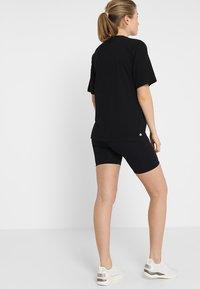 Cotton On Body - MATERNITY BIKE SHORT - Legging - black - 2