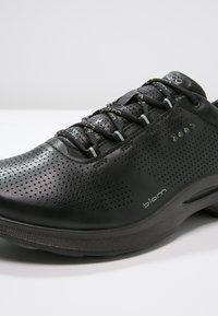 ECCO - BIOM FJUEL - Sneakers laag - black - 5