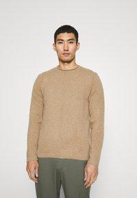 Wool & Co - Jumper - camel - 0