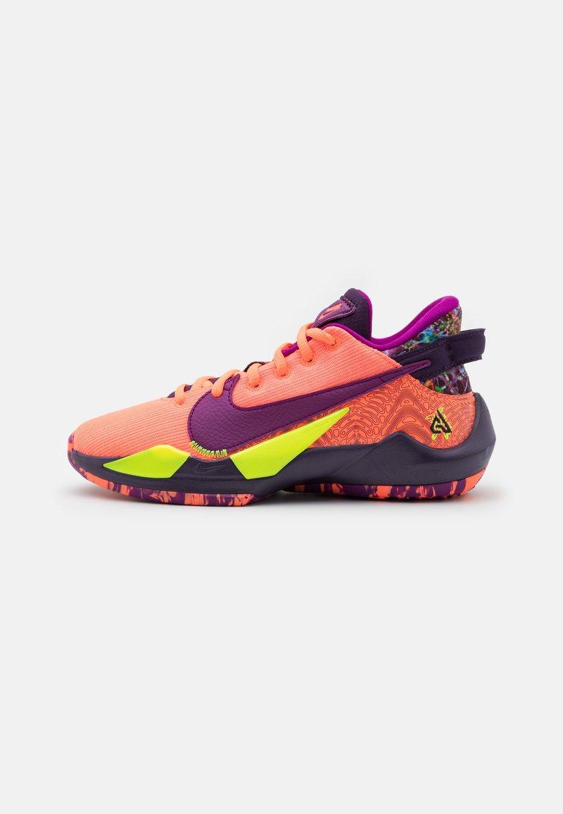 Nike Performance - FREAK 2 SE UNISEX - Koripallokengät - bright mango/red plum/volt/grand purple