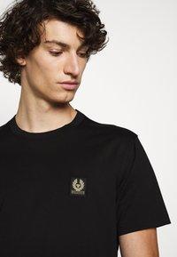 Belstaff - Basic T-shirt - black - 3