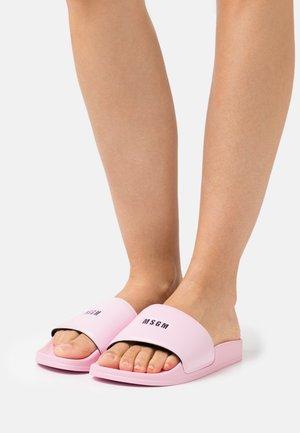 SLIDES - Sandalias planas - pink