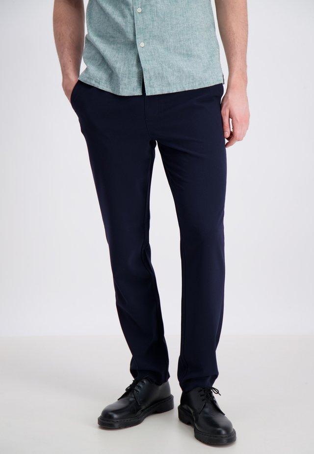 CLUB PANTS - Pantalones - navy