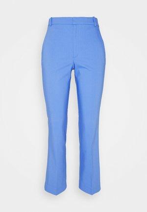 ZELLA KICKFLARE PANT - Pantalon classique - spring sky
