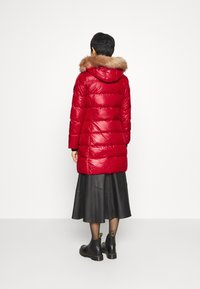 Calvin Klein - ESSENTIAL REAL COAT - Down coat - tango red - 2