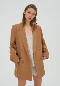 PULL&BEAR - Short coat - brown - 0