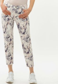 BRAX - STYLE SHAKIRA S - Jeans Skinny Fit - clean cherry blossom - 0