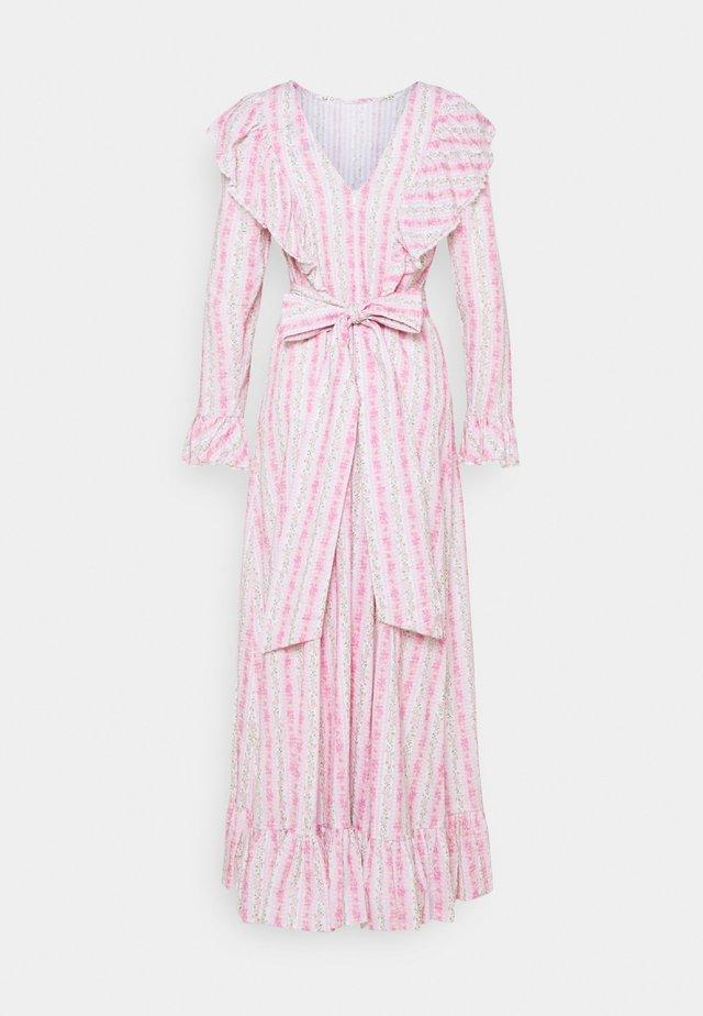MORICRAS DRESS - Robe longue - begonia pink