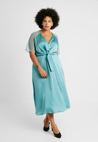 TFNC Curve - EXCLUSIVE SACHITA MAXI - Cocktailkjoler / festkjoler - native green - 1