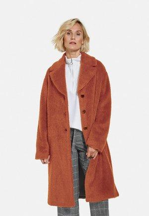 TEDDY - Classic coat - cognac
