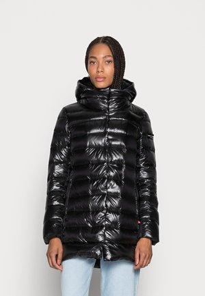 VELVET VALETTA - Down coat - black