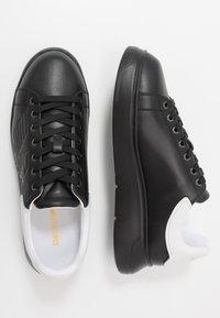 Emporio Armani - Sneakers basse - black - 1