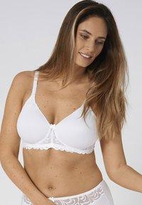 Triumph - Balconette bra - white - 0