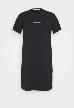 PLUS TAPE DRESS - Žerzejové šaty - black