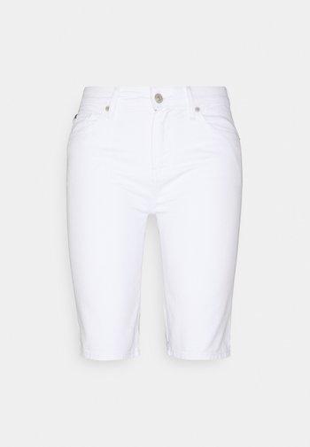 VENICE BERMUDA - Shorts - white