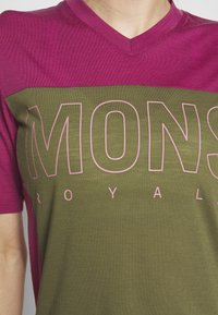 Mons Royale - PHOENIX ENDURO - T-shirts print - khaki/rose - 5
