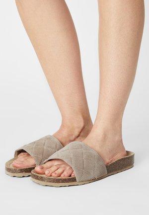 BIABETRICIA - Sandaler - sand