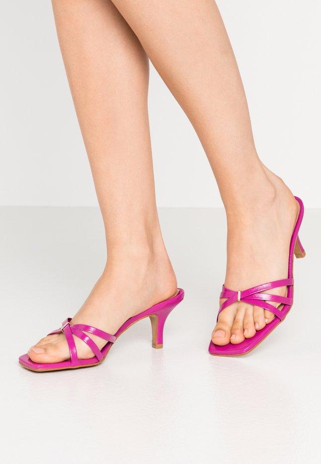 PINTI - Pantofle na podpatku - fucsia