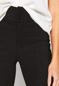 Noisy May - NMMEDLEY SLIM PANT - Legginsy - black - 5