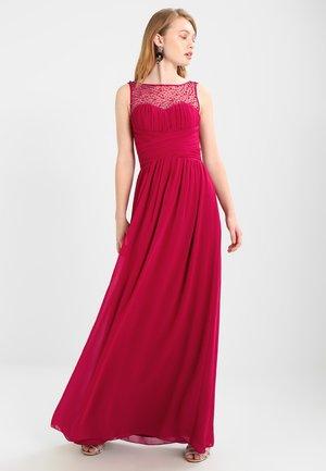 Společenské šaty - berry