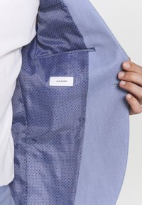 Isaac Dewhirst - BIRDSEYE SUIT - Completo - blue - 7