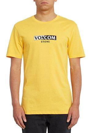 FOR NEVER BSC SS - Camiseta estampada - yellow