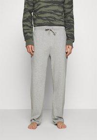 Michael Kors - PEACHED PANT - Pyžamový spodní díl - heather grey - 0