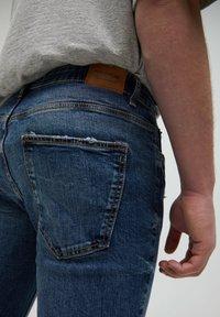 PULL&BEAR - Slim fit jeans - mottled blue - 4