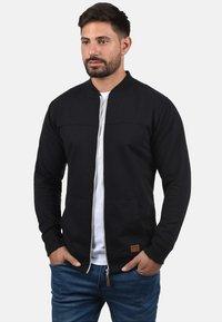 Blend - ARCO - Zip-up sweatshirt - black - 2
