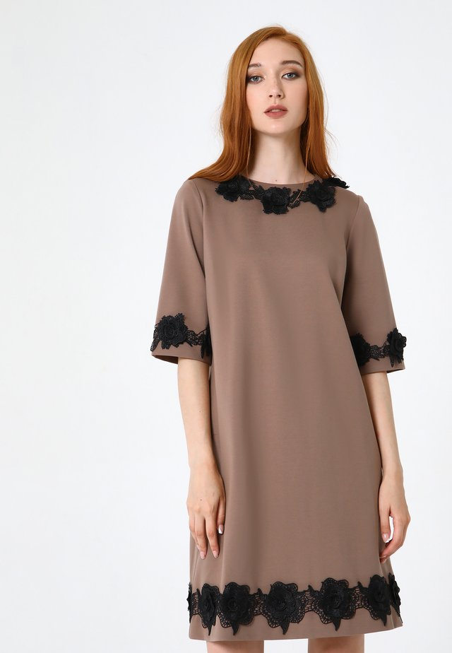 Jersey dress - dunkelbeige