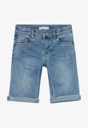 NKMSOFUS LONG - Shorts di jeans - light blue denim