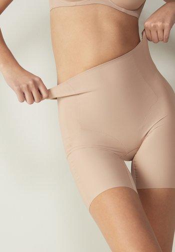 MIT OFFENEN KANTEN - Pants - beige