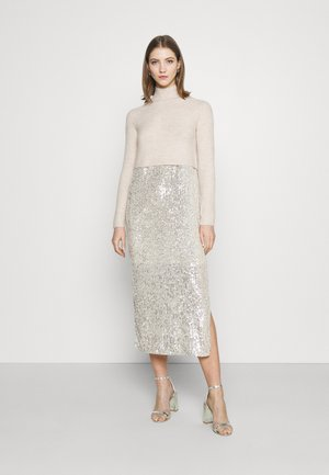 Jumper dress - champagne