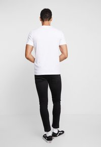 Pier One - Print T-shirt - white - 2
