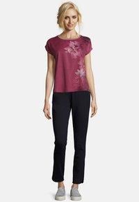 Betty & Co - Print T-shirt - pink - 1