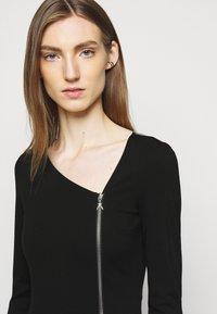 Patrizia Pepe - ABITO DRESS - Jersey dress - nero - 4